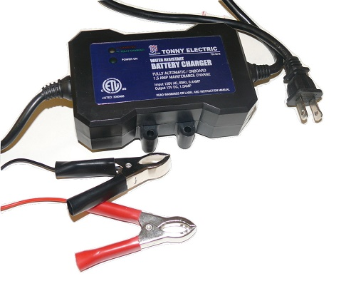 Titan 1.5 Amp Automatic Shut Off Onboard Battery Charger/Maintainer - 2 YEAR WARRANTY
